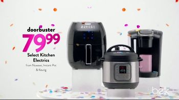 Belk Days TV Spot, 'Spring Tops and Kitchen Electrics' Song by Goldroom - Thumbnail 6