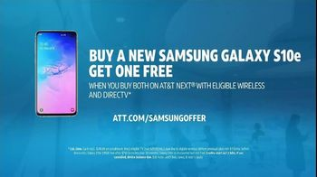 AT&T Unlimited TV Spot, 'Innovations: Jeans: Samsung Galaxy S10e' - Thumbnail 10