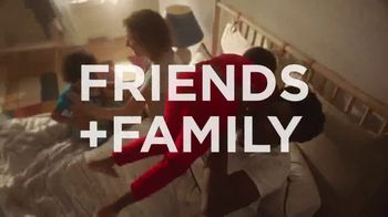 Kohl's Friends and Family Sale TV Spot, 'Savings Add Up: Tops and Comforters' - Thumbnail 2