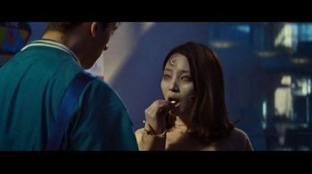 Orbit TV Spot, 'Zombie Kiss' Song by Litany - Thumbnail 6