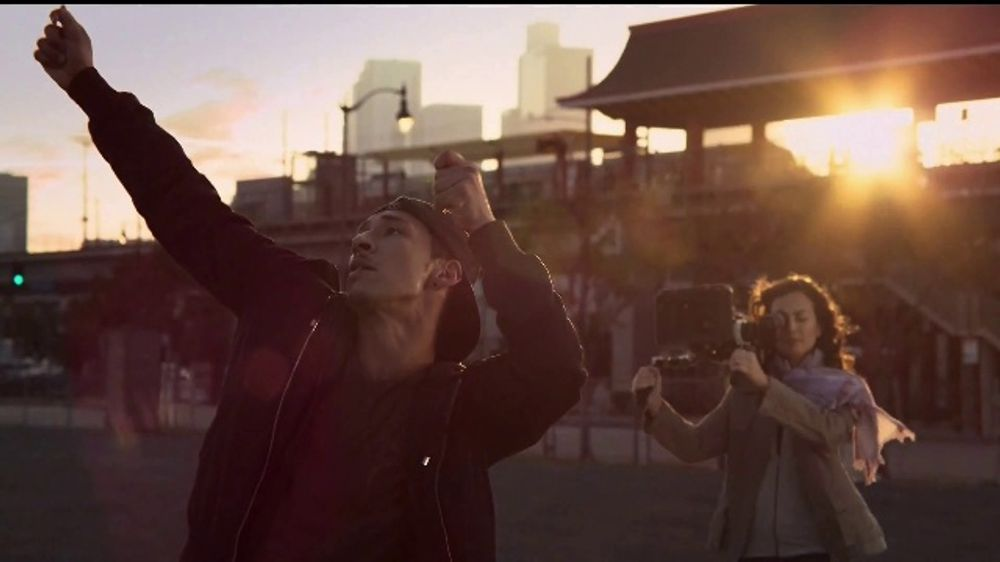 2019 Honda CR-V Touring TV Commercial, 'Chasing Dreams' [T1]