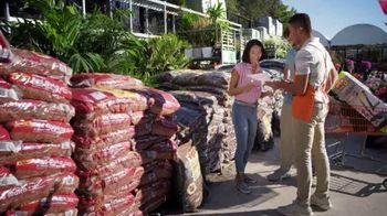 The Home Depot Spring Black Friday TV Spot, 'Mulch and Patio Set'