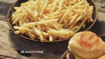Blackstone TV Spot, 'Range Top and Charcoal Griddle Combo' - Thumbnail 8
