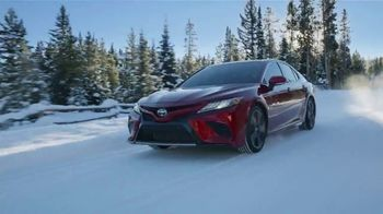 Toyota Pick & Roll Sales Event TV Spot, 'Roll Into Savings: 2019 Camry' [T2] - Thumbnail 8