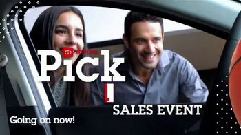 Toyota Pick & Roll Sales Event TV Spot, 'Roll Into Savings: 2019 Camry' [T2] - Thumbnail 9