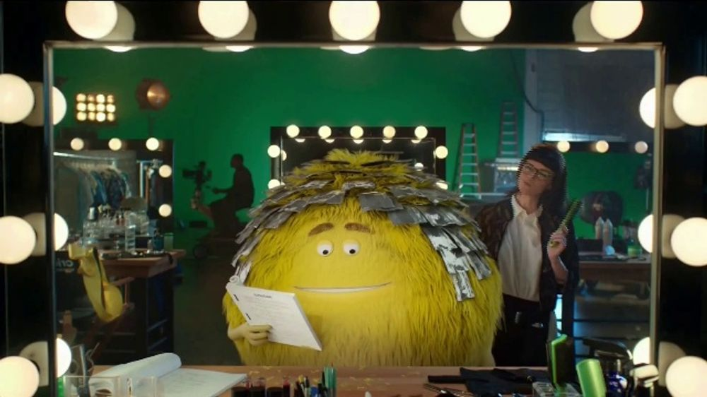 Cricket Wireless TV Commercial, 'Looks' - Video