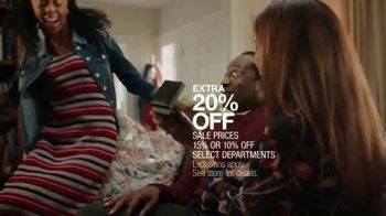 Macy's Valentine's Day Sale TV Spot, 'Give the Wonder of Love' - Thumbnail 6