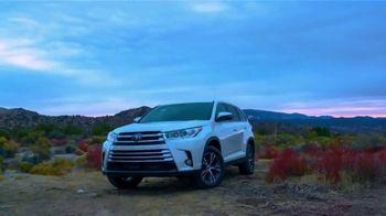 2019 Toyota Highlander TV Spot, 'The Possibilities' [T2] - Thumbnail 4