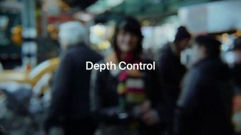 Apple iPhone TV Spot, 'Depth Control: The Backdrop' Song by FKJ - Thumbnail 7