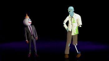 Jack in the Box $3 Mac & Cheese Munchie Mash-Ups TV Spot, 'Late-Night Deal Talk: Finger Food' - Thumbnail 6
