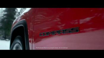 Jeep Presidents Day Sales Event TV Spot, 'Let It Fall' Song by Carrollton [T2] - Thumbnail 3