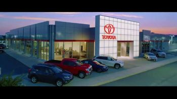 Toyota TV Spot, 'Time to Go: Highlander & Sienna' [T2] - Thumbnail 9