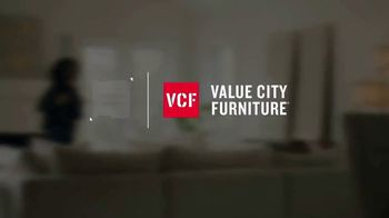 Value City Furniture Presidents Day Sale TV Spot, 'Great Moments' - Thumbnail 1