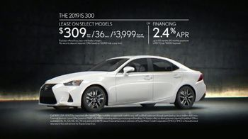 2019 Lexus IS 300 TV Spot, 'Thrill of the Moment' [T2] - Thumbnail 8