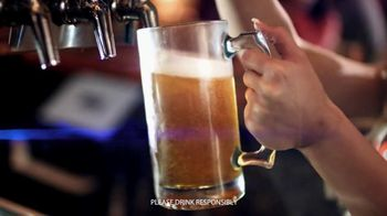 Hooters TV Spot, 'Tiny Pitcher: March'