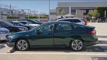 2019 Honda CR-V TV Spot, 'Commute' [T2] - Thumbnail 7