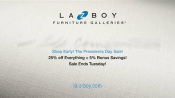La-Z-Boy Presidents Day Sale TV Spot, 'Special Piece: 25 Percent and Bonus Savings' - Thumbnail 10