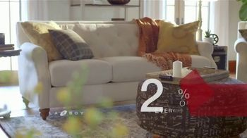La-Z-Boy Presidents Day Sale TV Spot, 'Special Piece: 25 Percent and Bonus Savings' - Thumbnail 6