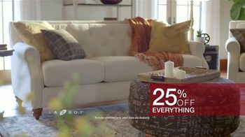 La-Z-Boy Presidents Day Sale TV Spot, 'Special Piece: 25 Percent and Bonus Savings' - Thumbnail 7