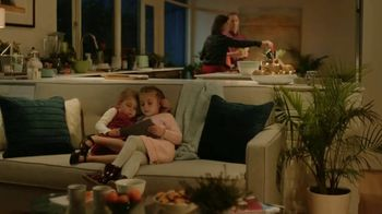 XFINITY Xfi TV Spot, '2018 Holidays: Reconnect' Song by Perry Como - 194 commercial airings