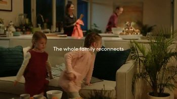 XFINITY Xfi TV Spot, '2018 Holidays: Reconnect' Song by Perry Como - Thumbnail 8