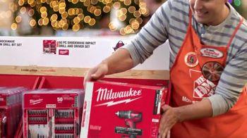 The Home Depot TV Spot, 'Planear sorpresas: paquetes de baterías' [Spanish] - Thumbnail 3