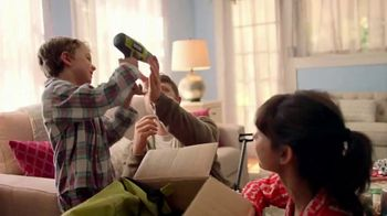 The Home Depot TV Spot, 'Planear sorpresas: paquetes de baterías' [Spanish] - Thumbnail 6