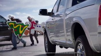 Ram Trucks Big Finish Event TV Spot, 'Gingerbuilders' Song by Gwen Stefani, Blake Shelton [T2]