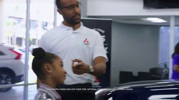 2019 Mitsubishi Outlander TV Spot, 'Daughter' [T1] - Thumbnail 2