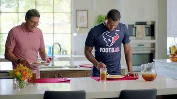 H-E-B Meal Simple TV Spot, 'Houston Texans' Featuring Deshaun Watson, Tyrann Mathieu - Thumbnail 1