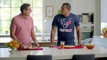 H-E-B Meal Simple TV Spot, 'Houston Texans' Featuring Deshaun Watson, Tyrann Mathieu - Thumbnail 3