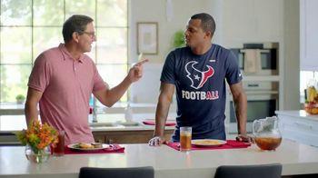 H-E-B Meal Simple TV Spot, 'Houston Texans' Featuring Deshaun Watson, Tyrann Mathieu - Thumbnail 5