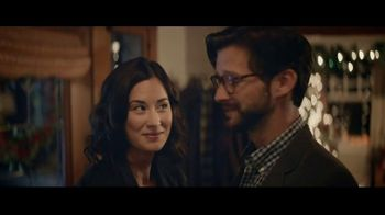 Kay Jewelers TV Spot, 'Holidays: Unforgettable: 25-40 Percent'