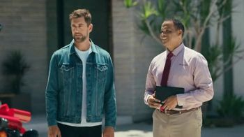 State Farm TV Spot, 'Bikes and Boats' Feat. Aaron Rodgers, David Haydn-Jones - Thumbnail 5