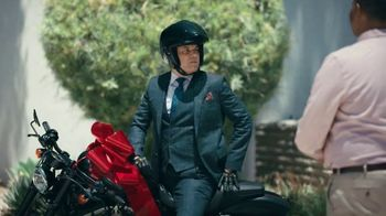 State Farm TV Spot, 'Bikes and Boats' Feat. Aaron Rodgers, David Haydn-Jones - Thumbnail 7
