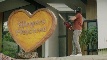 Sling TV Spot, 'Statue' Featuring Nick Offerman, Megan Mullally - Thumbnail 3