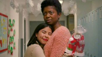 Pier 1 Imports TV Spot, 'Gifts For Your Teacher Aide' - Thumbnail 4