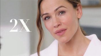 Neutrogena Rapid Wrinkle Repair TV Spot, 'One Week' Featuring Jennifer Garner - Thumbnail 10