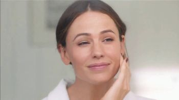 Neutrogena Rapid Wrinkle Repair TV Spot, 'One Week' Featuring Jennifer Garner - Thumbnail 6