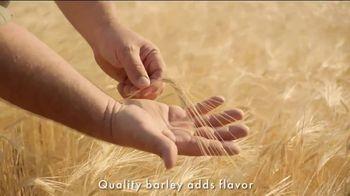 Samuel Adams Boston Lager TV Spot, 'Pursue Better: Barley Farmer' - Thumbnail 4