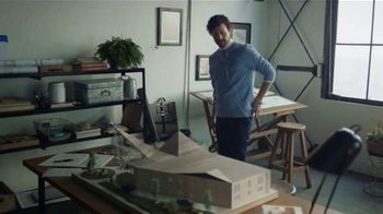 Audible Inc. TV Spot, 'Arquitecto' [Spanish] - Thumbnail 2