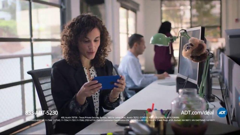 ADT Video Doorbell TV Commercial, 'Free Installation' - Video
