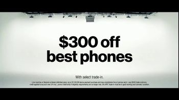 Verizon TV Spot, 'Jarrett: $300 Off' - Thumbnail 10