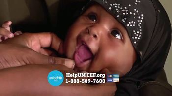 UNICEF TV Spot, 'Cut in Half'