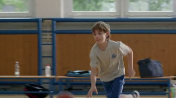Carnation Breakfast Essentials TV Spot, 'Gym Class' - Thumbnail 10