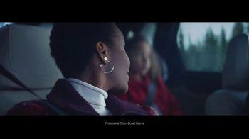 2019 Cadillac XT5 TV Spot, 'The Cadillac SUVs: Winter' Song by The Sensations [T2] - Thumbnail 4