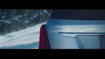 2019 Cadillac XT5 TV Spot, 'The Cadillac SUVs: Winter' Song by The Sensations [T2] - Thumbnail 6