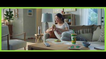 Subway Sesame-Ginger Glazed Chicken Wrap TV Spot, 'Home Assistant' - Thumbnail 3