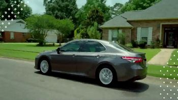 Toyota Pick & Roll Sales Event TV Spot, '2019 Camry LE' [T2] - Thumbnail 6