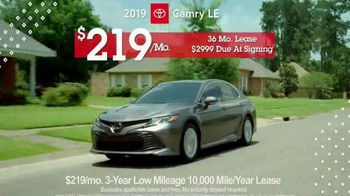 Toyota Pick & Roll Sales Event TV Spot, '2019 Camry LE' [T2] - Thumbnail 7